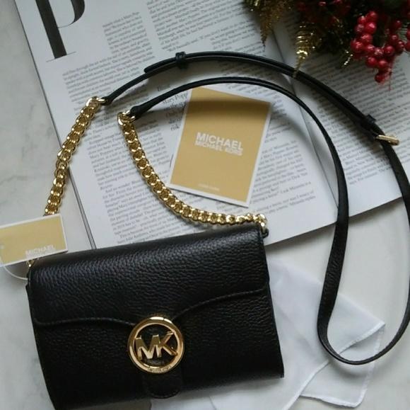594af45028b3 Michael Kors Bags | Nwt Leather Lg Phone Vanna Crossbody | Poshmark